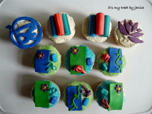 yoga-cupcakes-by-janice