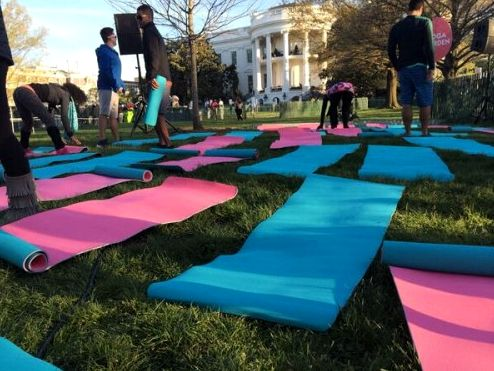 white-house-easter-yoga-2014-mats