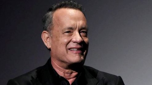 tom-hanks-yoga-2016