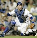 russell-martin-dodgers-yoga