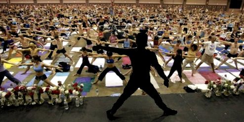 bikram-choudhury-yoga-teaching-training-blackout
