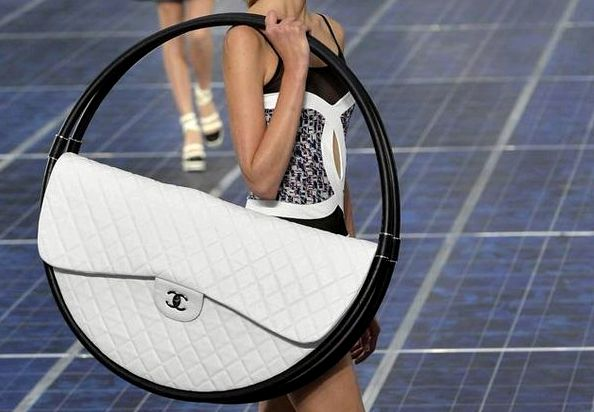 chanel-giant-handbag