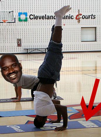 lebron-james-shaquille-oneal-yoga